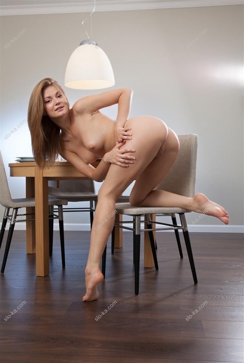 Девушка Мила